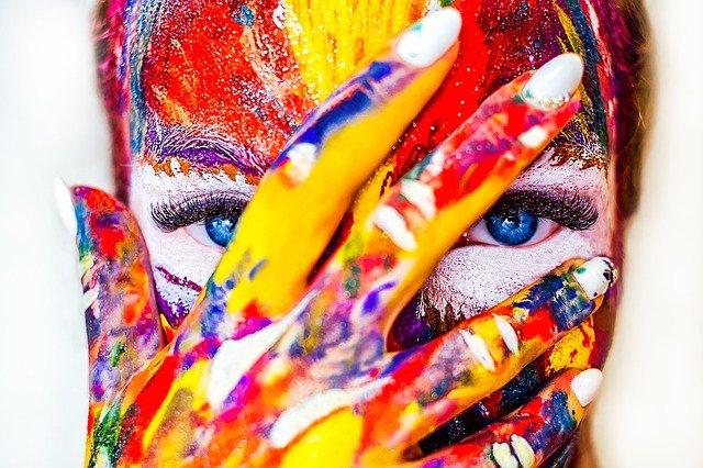 ため込み症の人は創造力が豊か